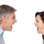 De ce ţipã oamenii unii la alţii?